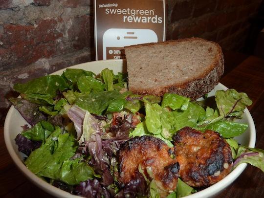 sweetgreen-organic-restaurants-boston-falafel