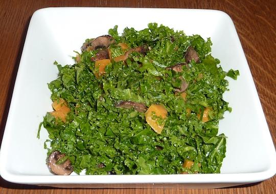 ellarys-greens-organic-restaurant-nyc-kale-salad