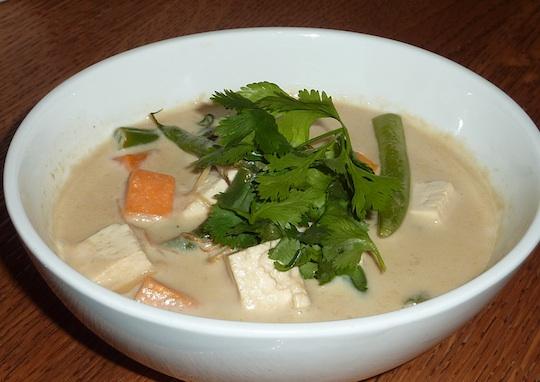 ellarys-greens-organic-restaurant-nyc-west-village-tofu-soup