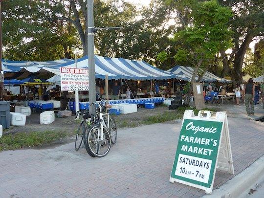 organic-farmers-market-miami-coconut-grove