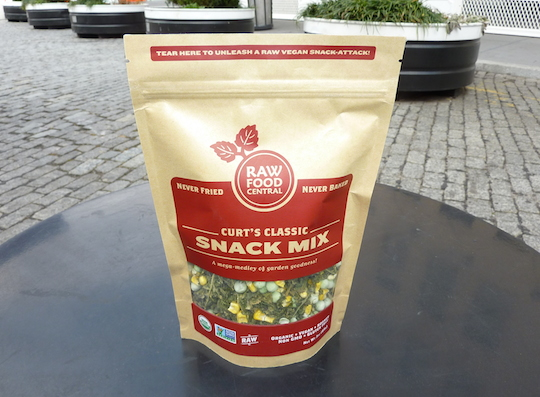 raw-food-central-curts-classic-snack-mix