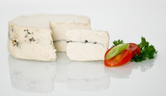 The non-dairy, chevre-type cheese from Heidi Ho will launch nationally at Whole Foods Market in March 2015.