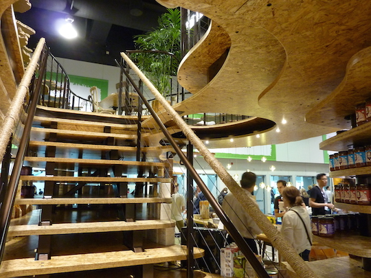 natures-path-best-trade-show-booth-expowest-2015