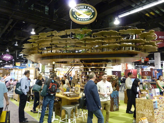 natures-path-trade-show-booth-expo-west-2015