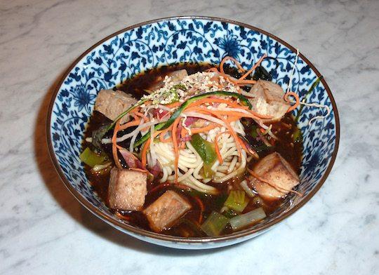 le-botaniste-nyc-organic-vegan-dirty-noodle-soup