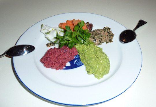 le-botaniste-nyc-organic-vegan-hummus-plate