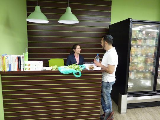 organic-circle-kosher-supermarket-brooklyn-health-coach-desk