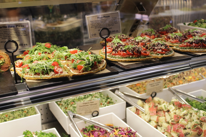 erewhon-raw-pizza-los-angeles
