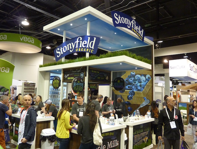 stonyfield-best-trade-show-booth-expo-west-2017